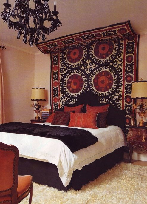 Add Warmth To Your Bedroom With An Oriental Rug
