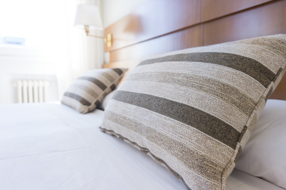 Image Source: https://pixabay.com/en/pillows-bed-bedding-bedroom-white-1031079/