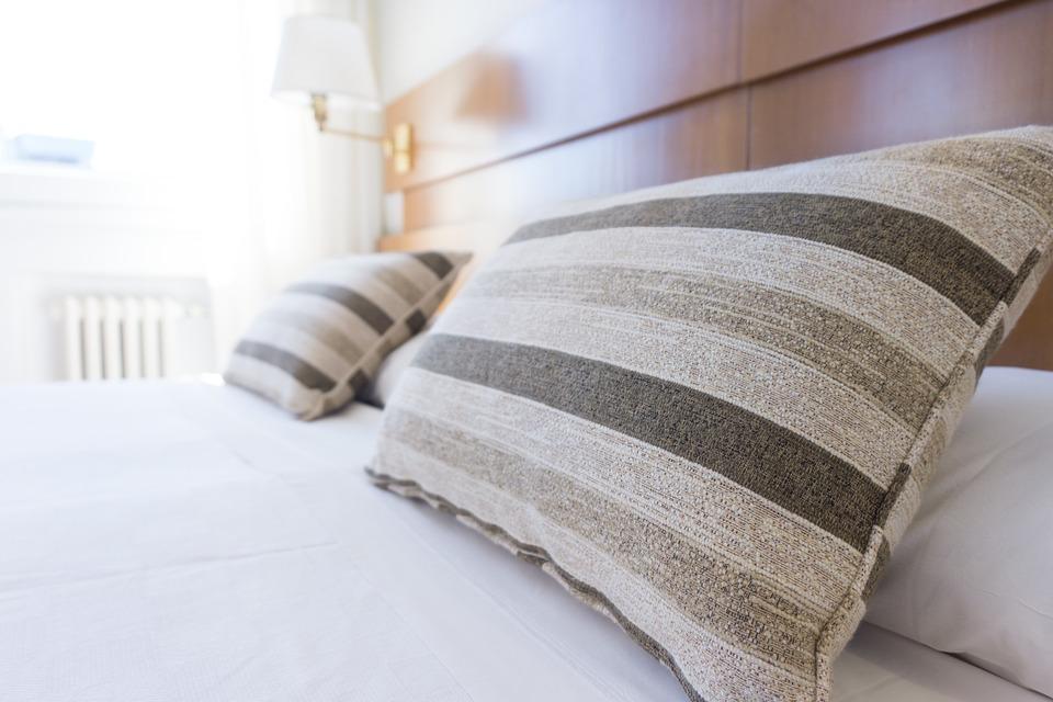 Image Source: https://pixabay.com/en/pillows-bed-bedding-bedroom-white-1031079/