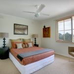 Quick and Easy Ways Towards a Spotlessly Clean Bedroom