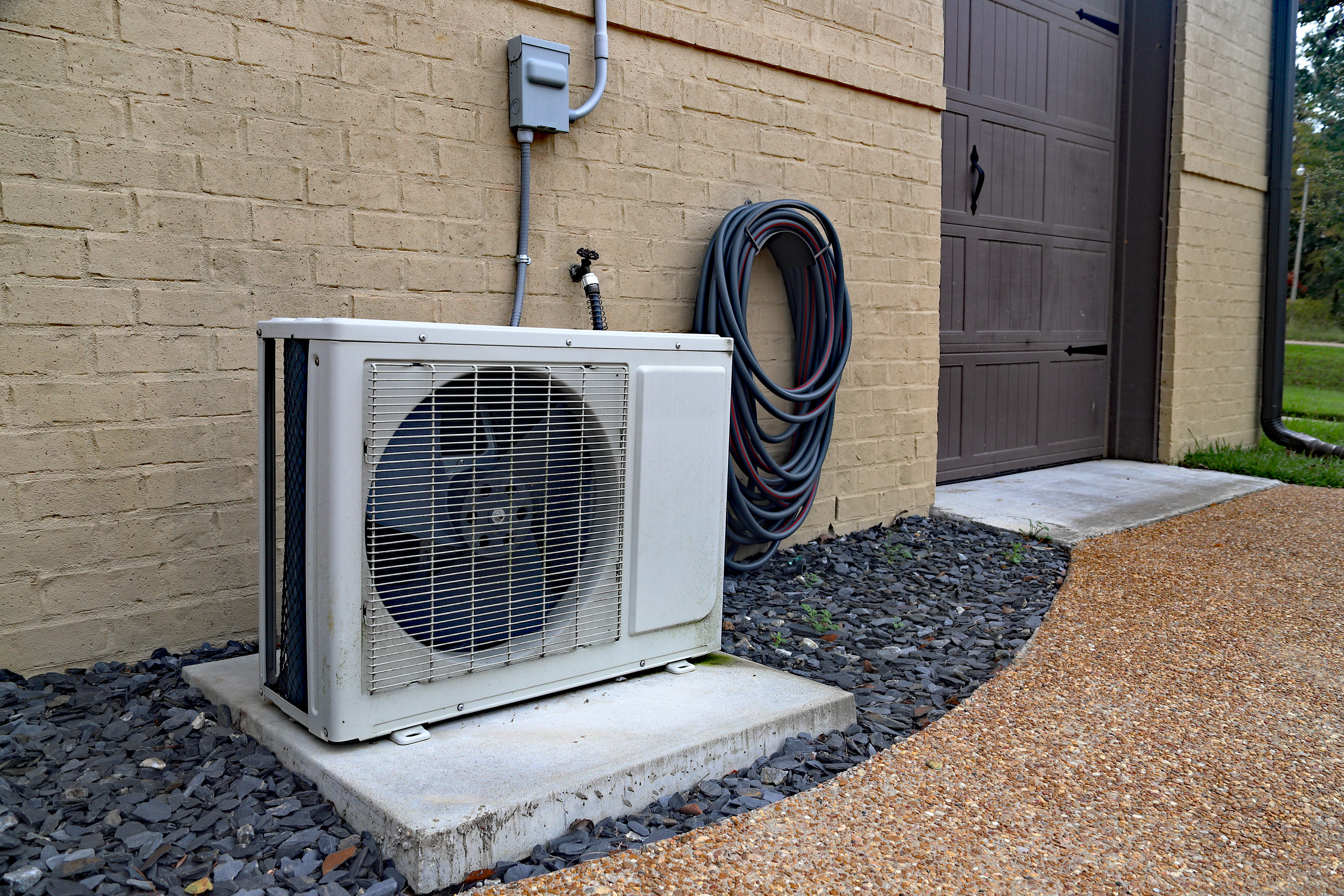 DIY HVAC Maintenance: Maintain Your Home HVAC System with These Tips