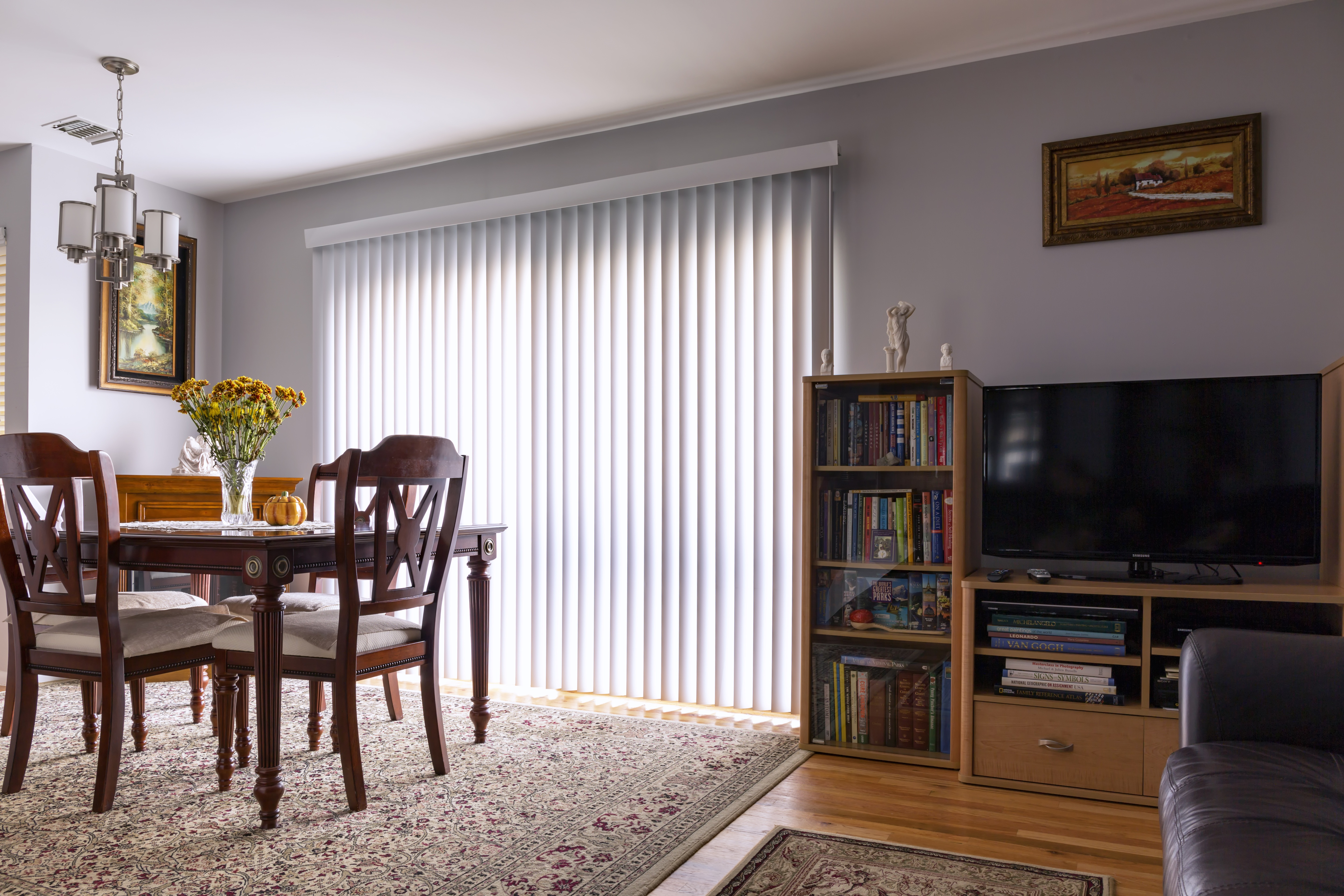 Window Treatment Ideas: How to Choose the Right Option for Your Home