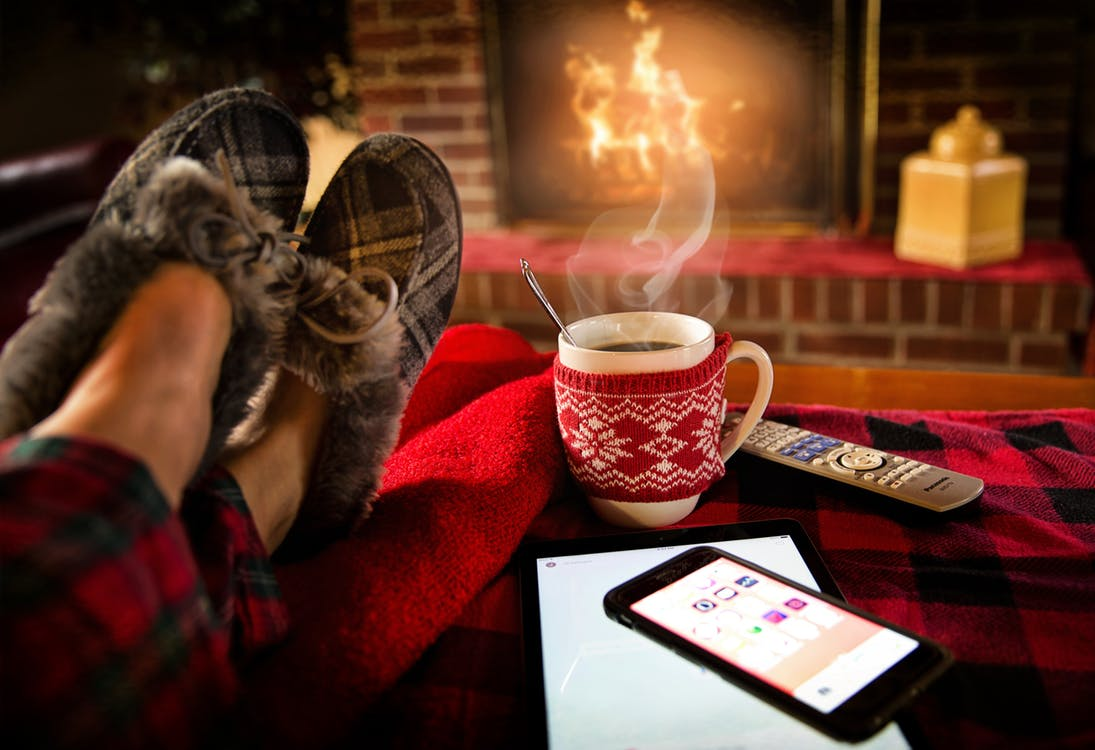 5 Ways To Keep Your Home Warm And Cozy This Winter