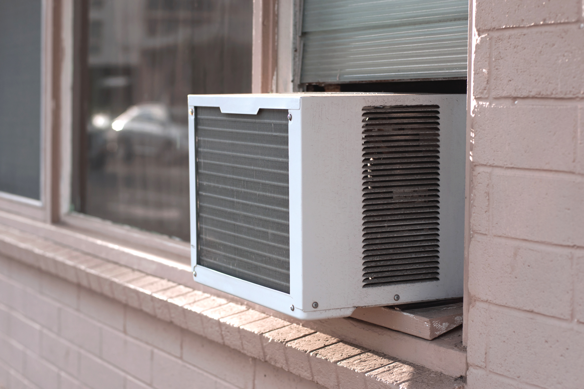 How to Choose Window Air Conditioner For Bedroom
