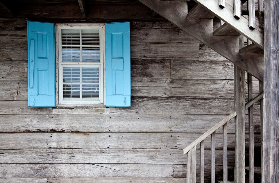 Signs Your Home Needs Siding Repair