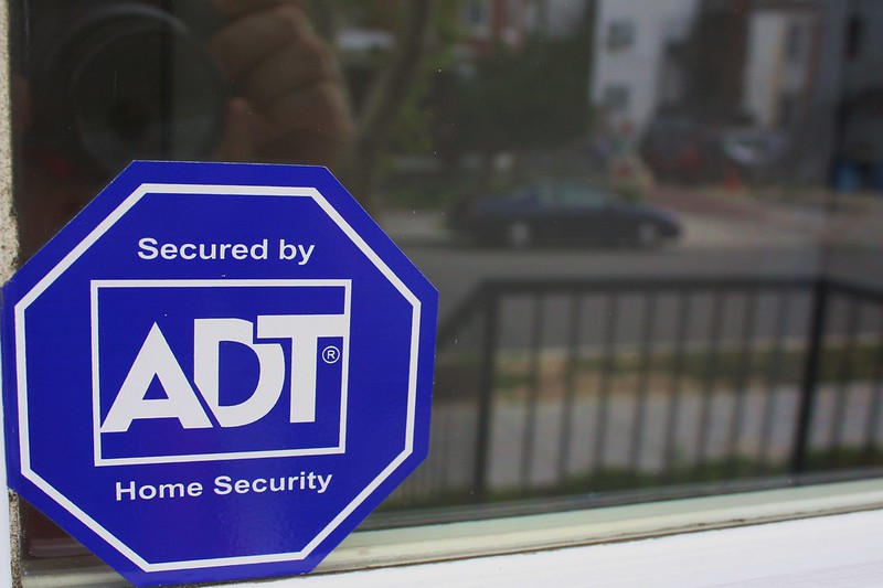 Why You Should Have Security Signs At Home