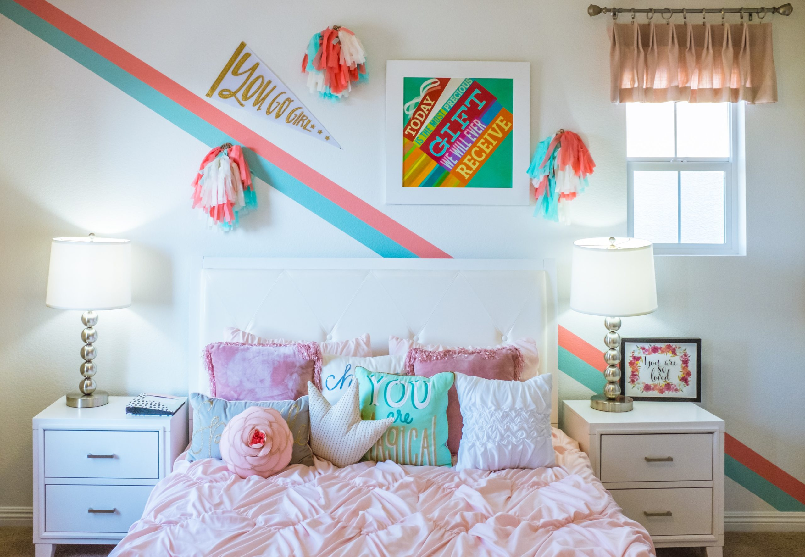 How to Decorate Your University Room