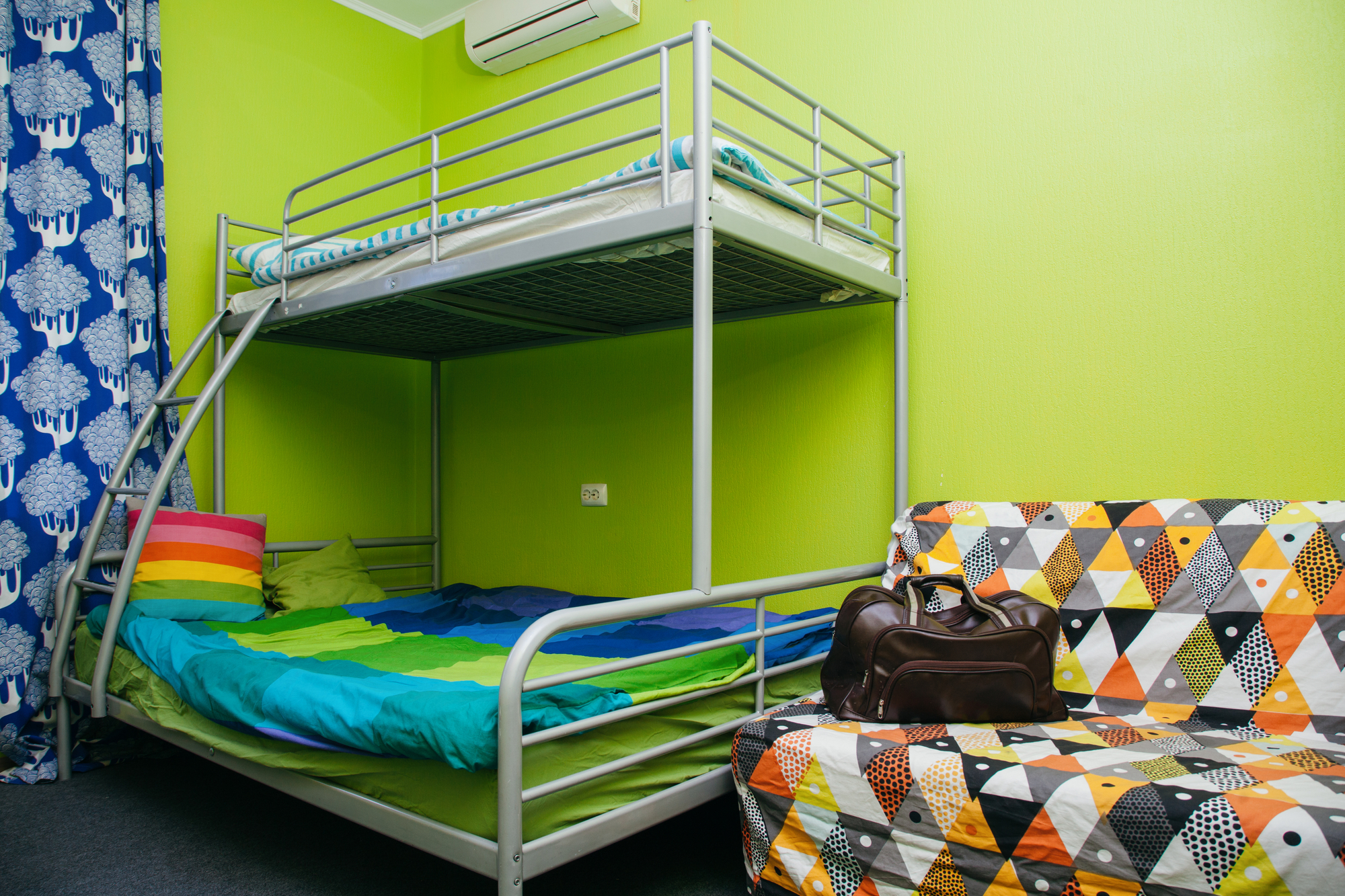 10 Ideas To Add Some Personality To Your Dorm Room