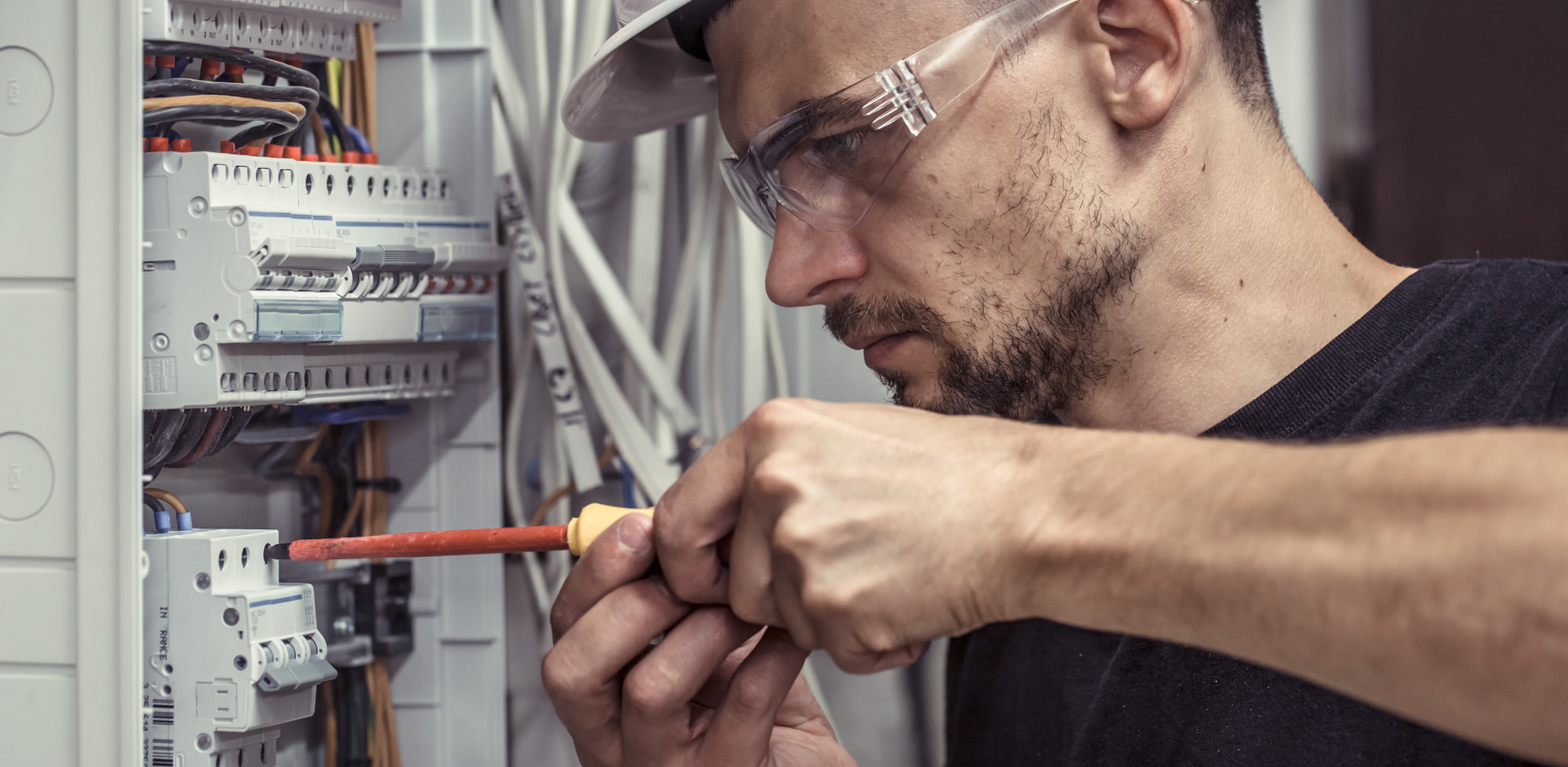 5 Questions to Ask Before Hiring an Electrician