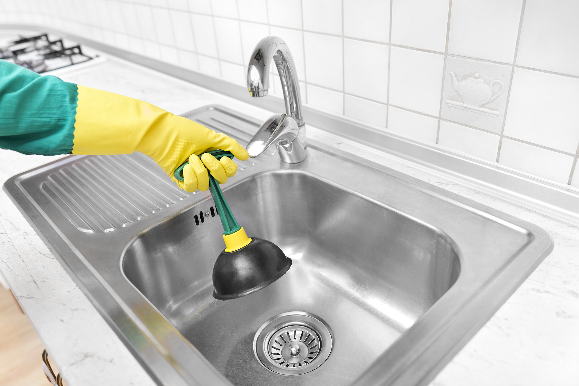 The Warning Signs and Solutions for a Clogged Drain: A Useful Guide