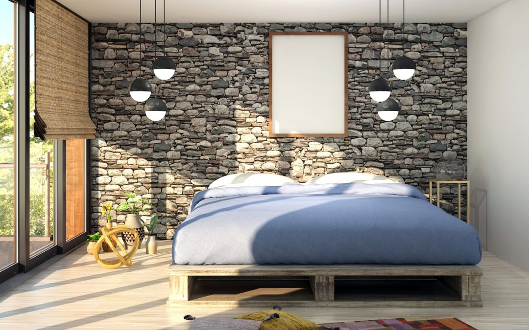 A large bed that requires a guide about mistakes to avoid when storing a mattress.