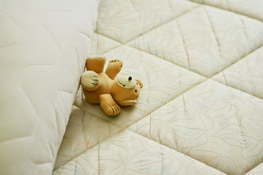 5 Easy Steps To Keep Your Mattress Clean
