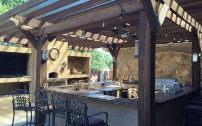 3 Great Outdoor Entertainment Options for Backyard Family Fun