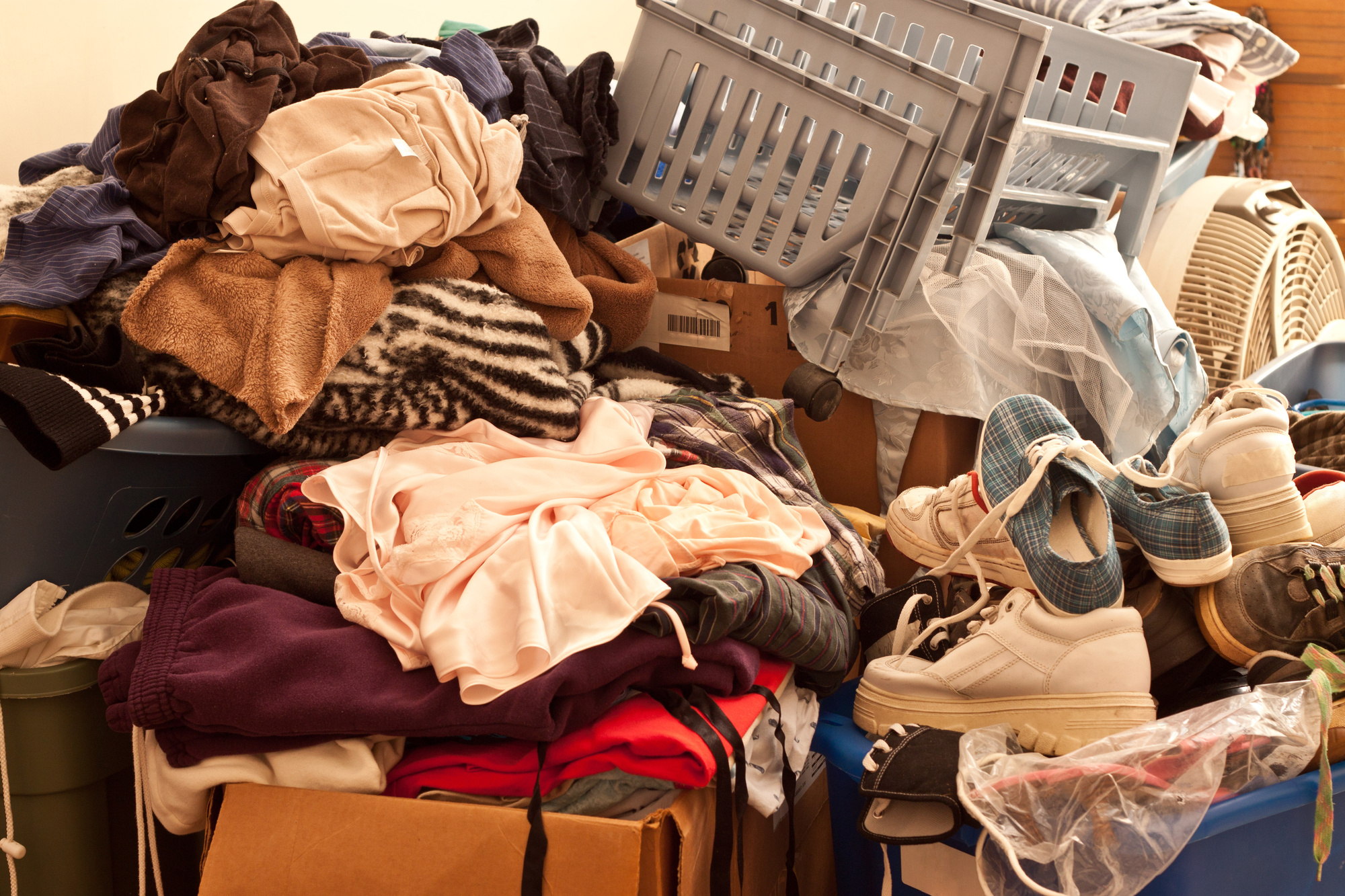 More Than Clutter: 5 Important Signs of Hoarding to Watch Out For