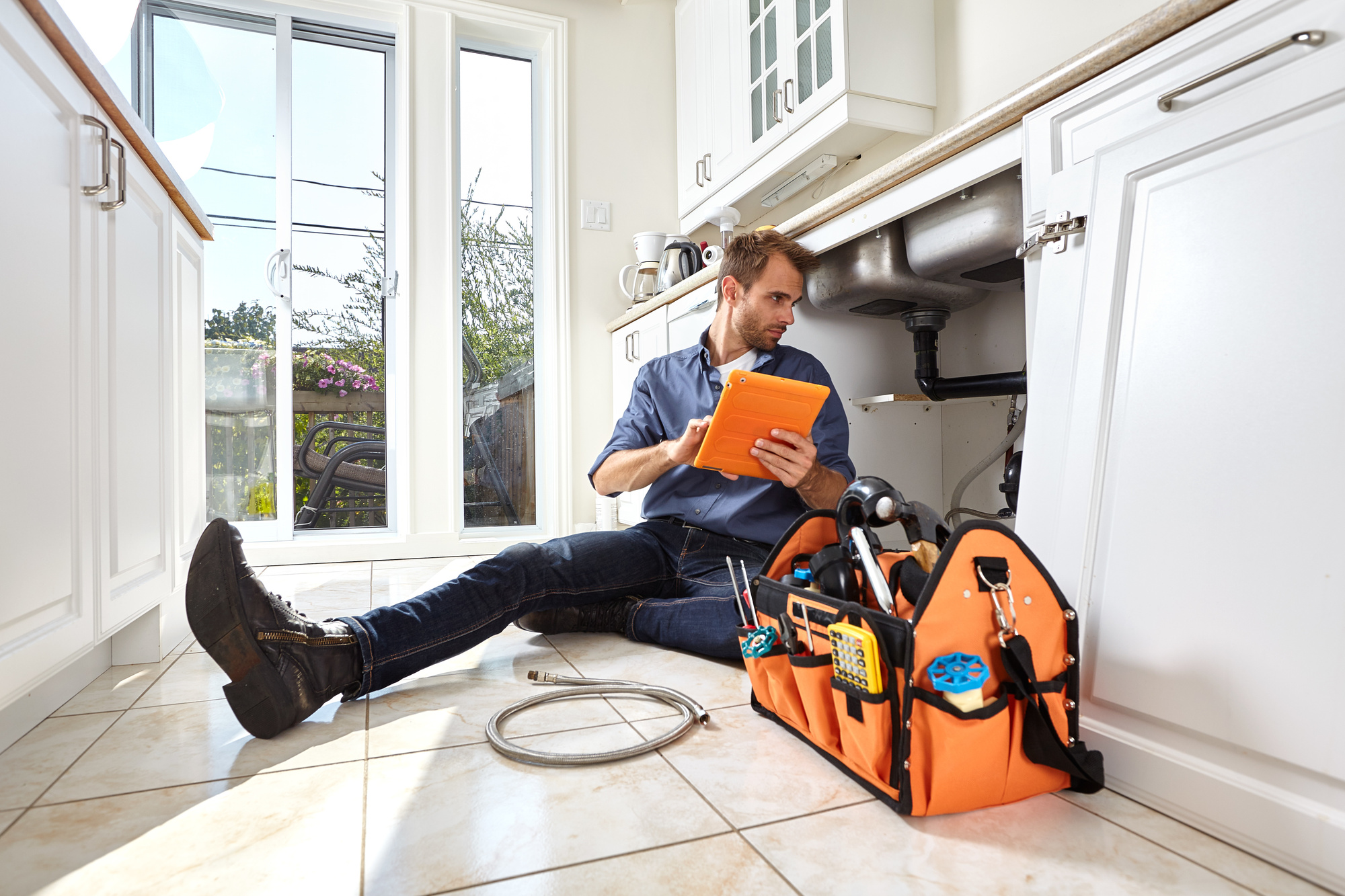 How to Become a Plumber in 5 Simple Steps