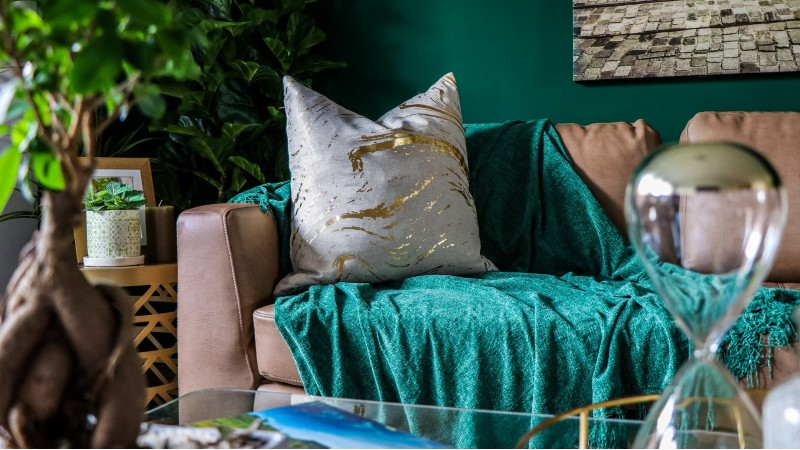 Customizing Your Pillows in Your Bedroom