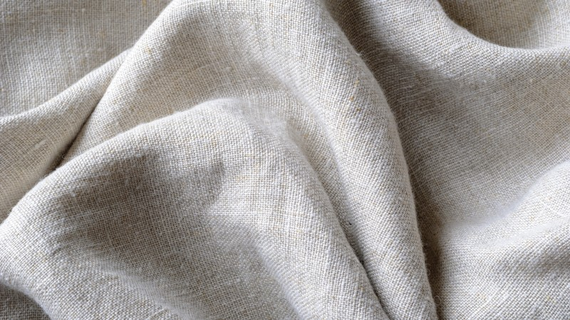 Linen sheets are popular fabrics since the 17th century.