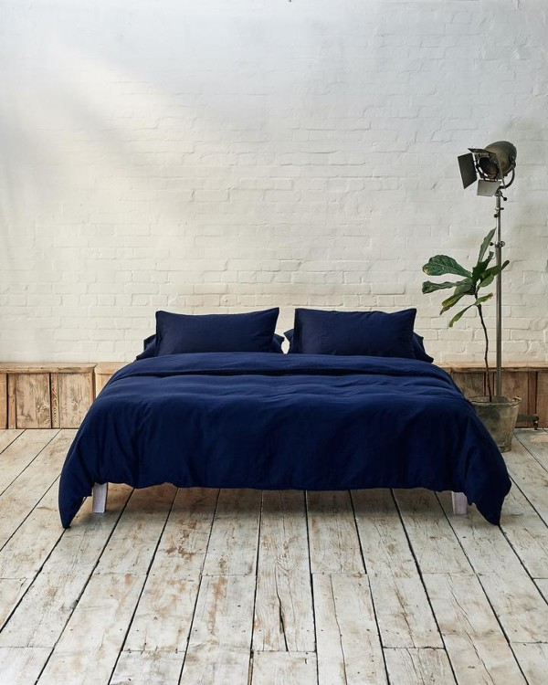 Navy bedding from beddable